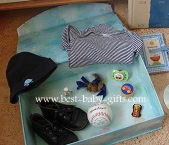 baby time capsule - 21 gifts for baby