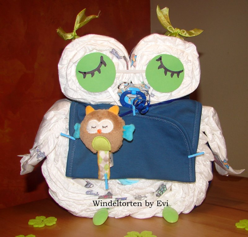 blue boy diaper owl with green eyes and pacifier chain in form of a little owl