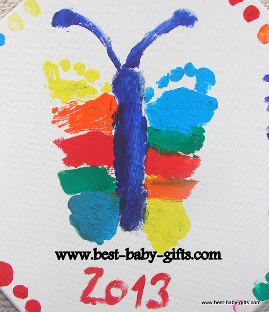 Gifts from baby cute gift ideas from baby this set contains non toxic paints and comes in pink for girls and blue for little baby boys a great keepsake that all parents and grandparents will love negle