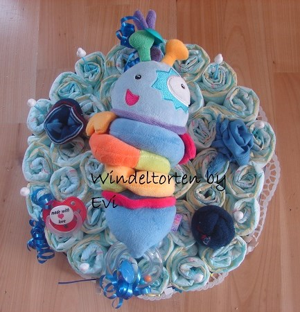 Easy Diaper Cake How To Make A Small One Tier Diapercake