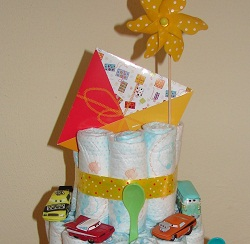 Making A Diaper Cake With Decorations ... tips and tricks for a ...