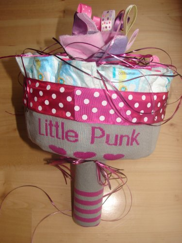 http://www.best-baby-gifts.com/images/how_to_make_diaper_bouquet.jpg