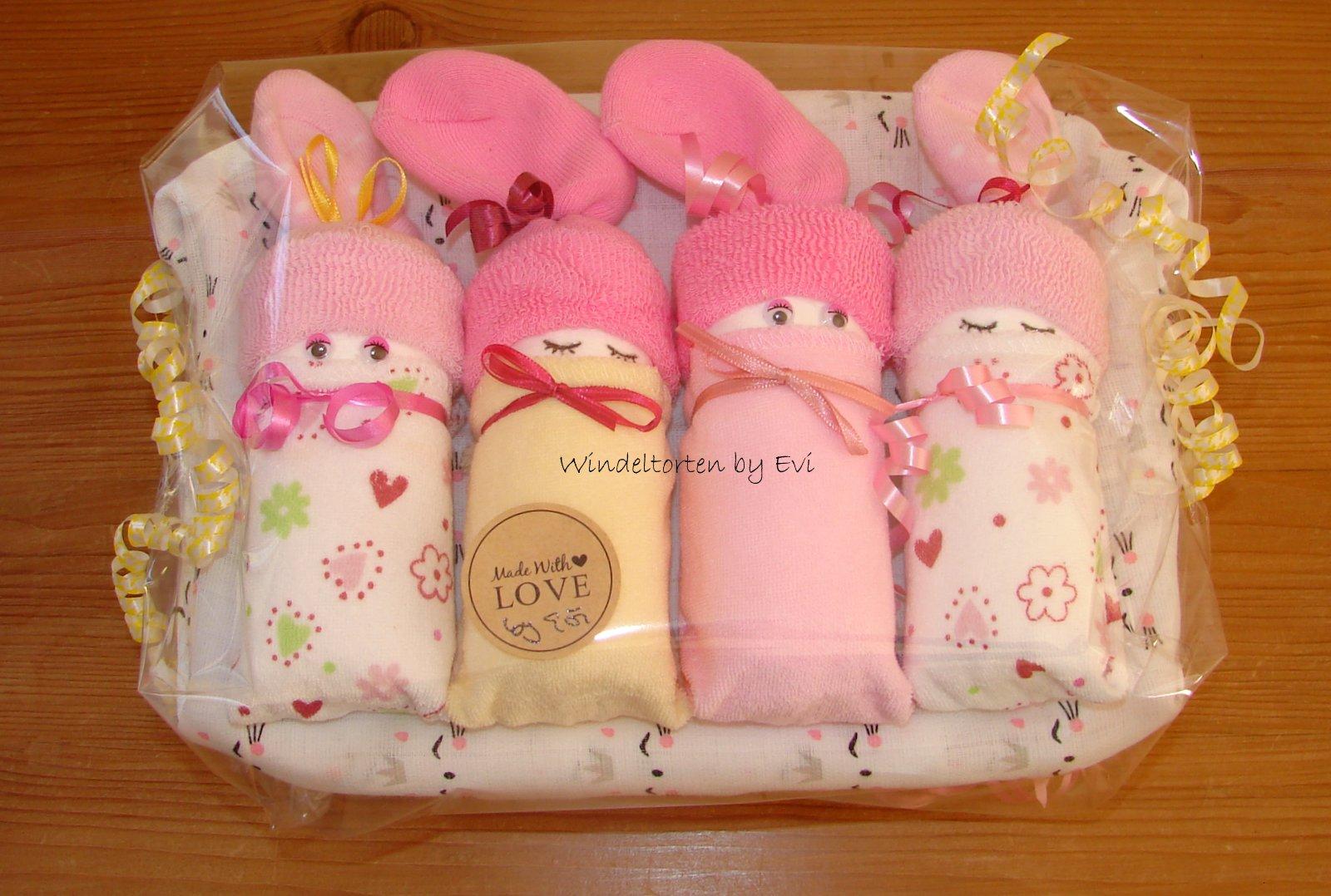4 Windelbabys für Mädchen in einer Box